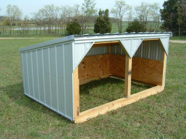 Portable Cow Shelters : Hog sheds with shade door