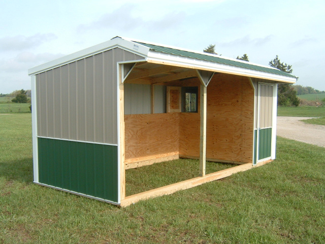 Horse Shed Double Stall With Tack Feed Room