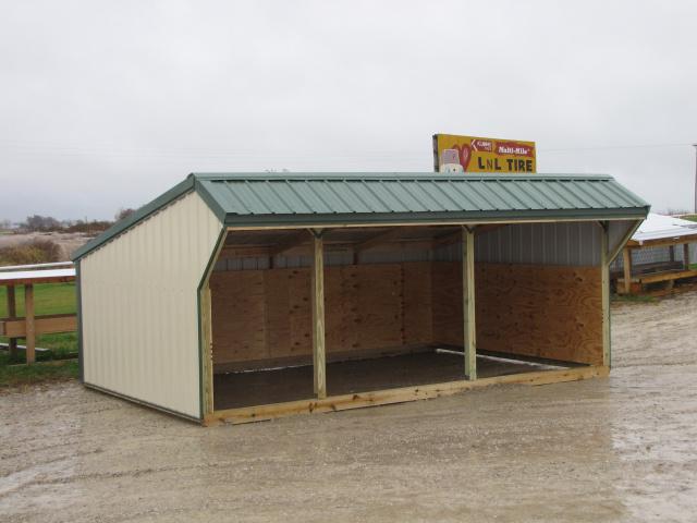Portable Livestock Shelters : Portable sheep shelter